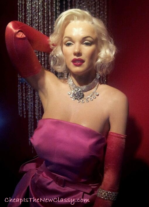 Marilyn Monroe wax figure mannequin at the Hollywood Wax Museum in Pigeon Forge Tennessee - Cheap Is The New Classy