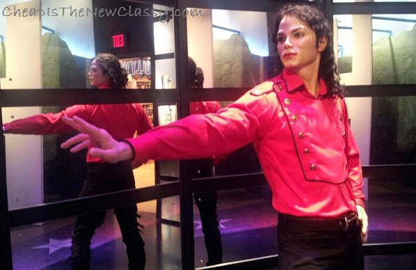 Michael Jackson wax figure mannequin at the Hollywood Wax Museum in Pigeon Forge Tennessee - Cheap Is The New Classy