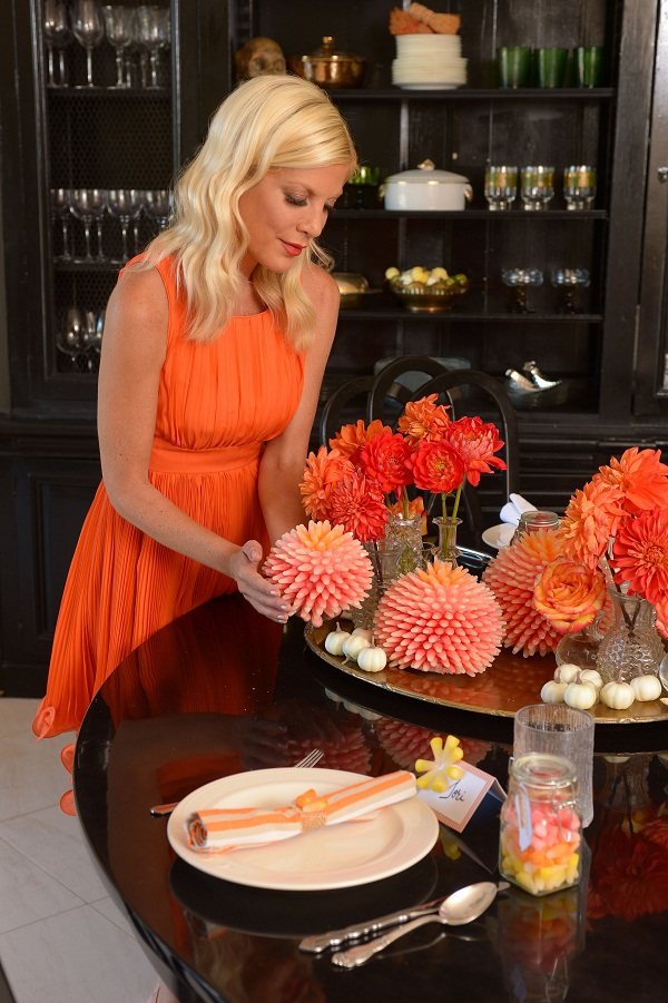 Festive Favors and Halloween Decorations from Tori Spelling and Starburst