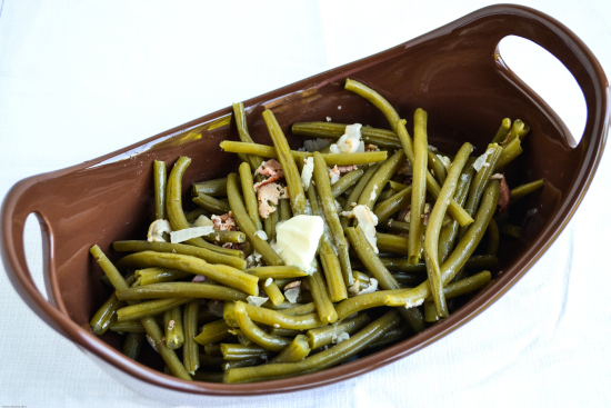 Easy Crockpot Green Beans: 10 Delicious Recipes With Veggies for Eat Your Veggies Day {Eat Your Vegetables Day} from Cheap Is The New Classy
