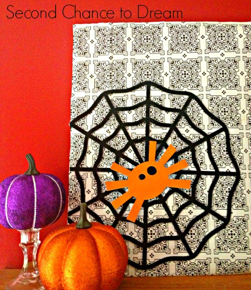 Halloween Dollar Store Vignette: 10 Fun and Spooky DIY Halloween Decorations | Cheap Is The New Classy