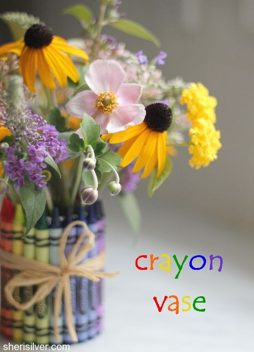 Favor'ette' Crayon Vase: 10 Christmas Gift Ideas For Teachers | Cheap Is The New Classy