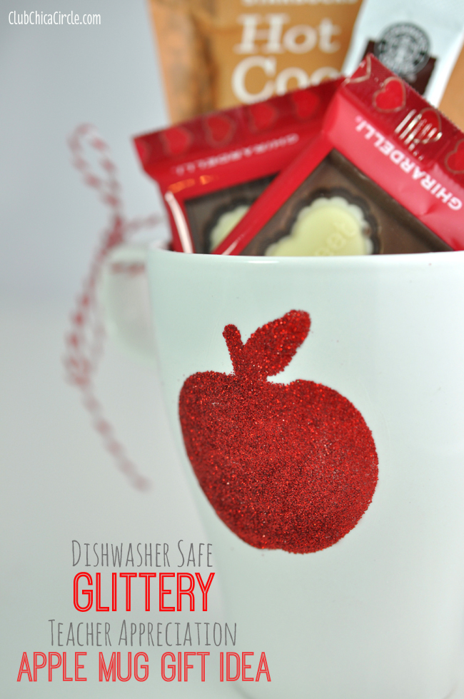 Teacher Appreciation Apple Mug: 10 Christmas Gift Ideas For Teachers | Cheap Is The New Classy