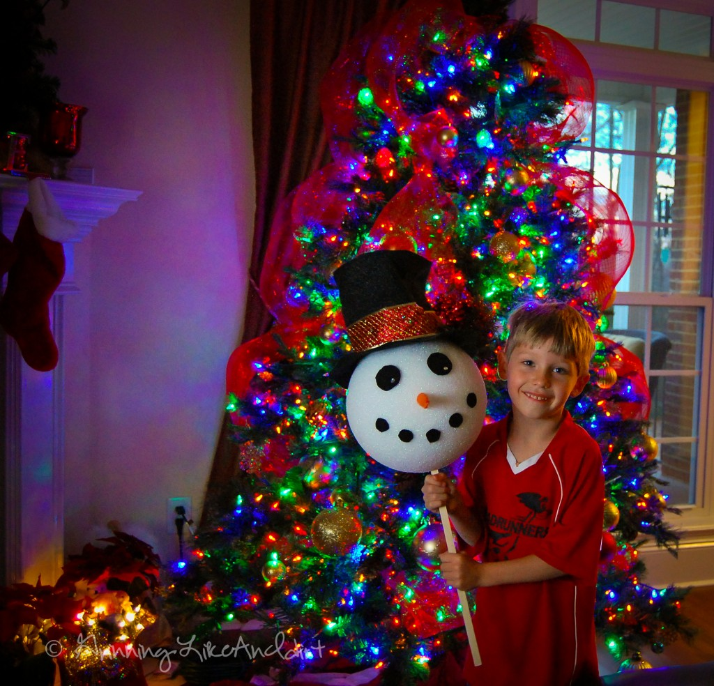 How To Make A Snowman Tree Topper: 10 Fun Ways To Build A Snowman | Cheap Is The New Classy