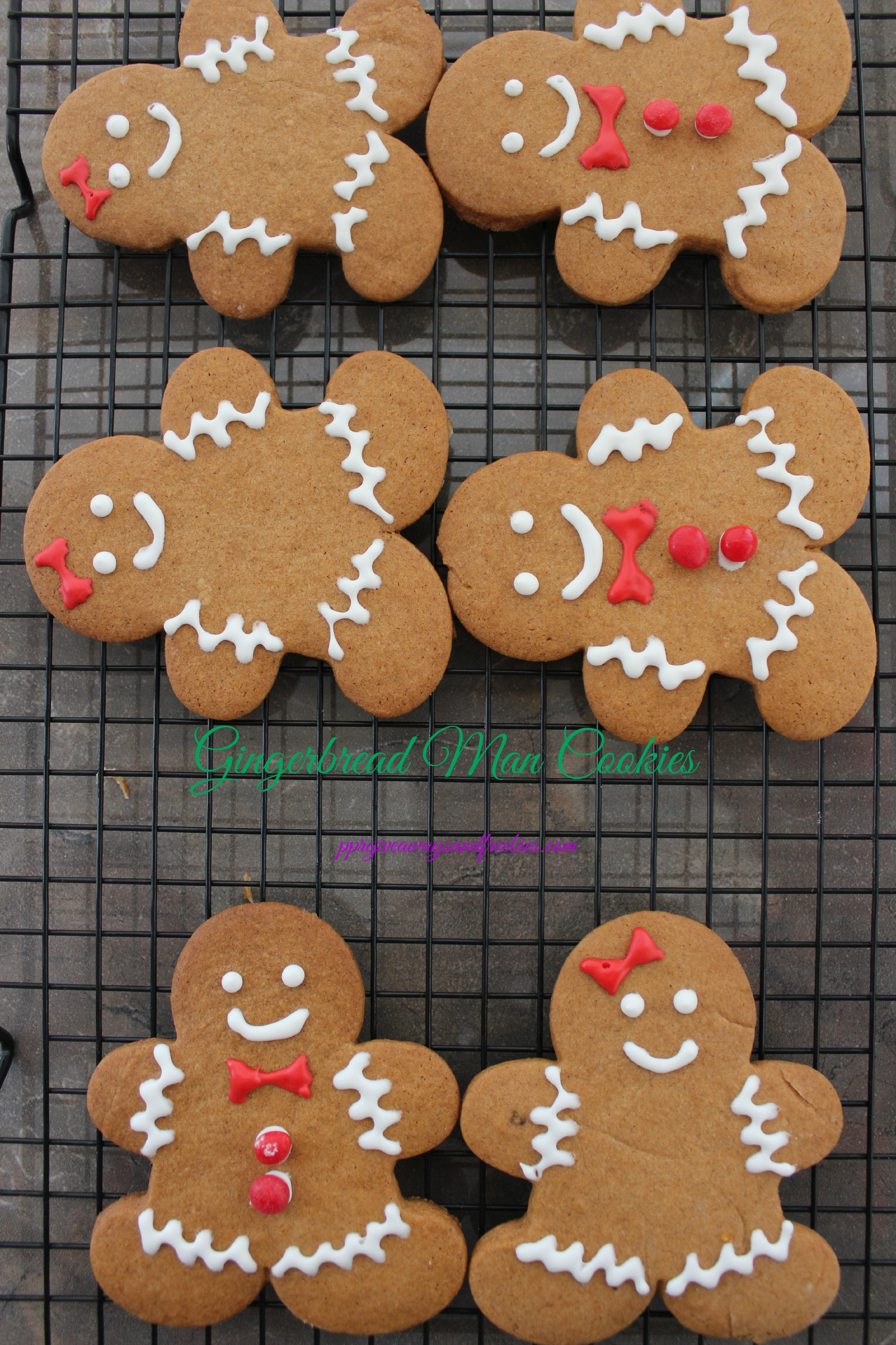 Gingerbread Man Cookies: 10 Christmas Cookies Recipes For The Holidays | Cheap Is The New Classy
