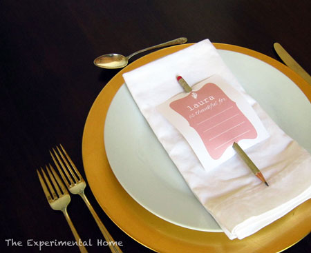 Thankful Place Cards: 10 Kid Friendly Thanksgiving Activities | Cheap Is The New Classy