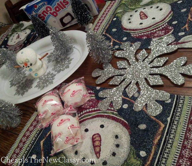 DIY Edible Snowman Centerpiece: Perfect For Kids
