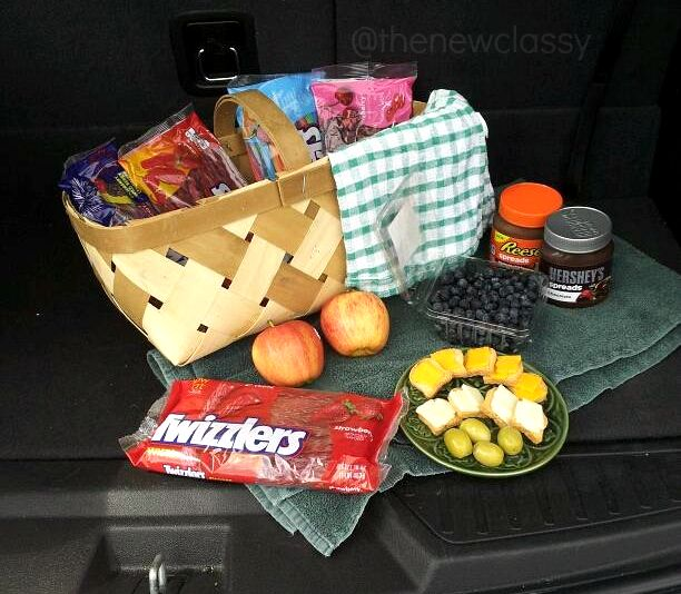 5 Fun And Easy Road Trip Snack Recipes #ad #TwizzlersSummer