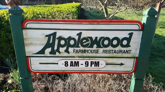 Applewood Farmhouse Restaurant & Grill #travel #ad #Sevierville