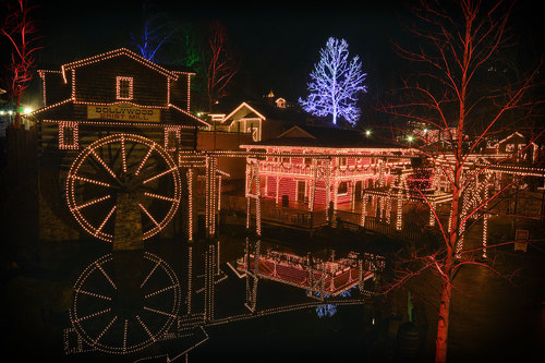 Dollywood To Host The Light The Way 5K Run/Walk On 11/11 #Dollywood